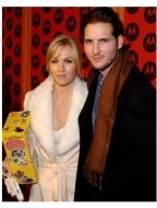 Jennie Garth and husband Peter Facinelli at the 2004 Motorola Holiday Party