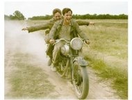 The Motorcycle Diaries Movie Stills:Rodrigo De la Serna and Gael García Bernal