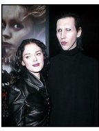 Rose McGowan and Marilyn Manson at the Sleepy Hollow premiere