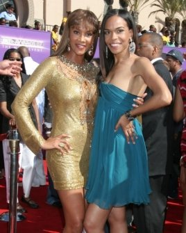 Vivica A. Fox and Michelle Williams