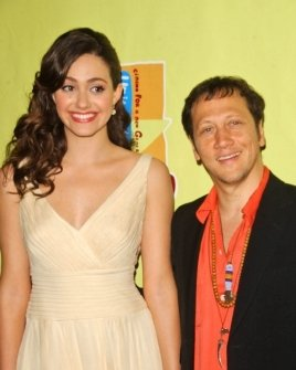 Emmy Rossum and Rob Schneider