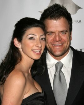 Kevin Weisman and wife Jodi