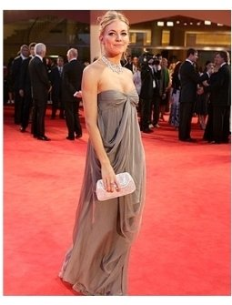 Casanova Premiere Photos: Sienna Miller