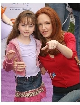 Amy Yasbeck and daughter Stella
