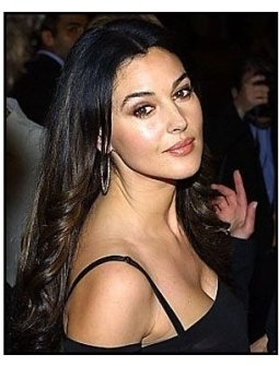 "ONE TIME USE ONLY ""Tears of the Sun"" Premiere Photo: Monica Bellucci"