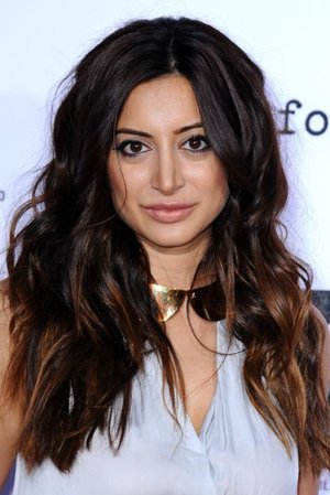 Noureen DeWulf