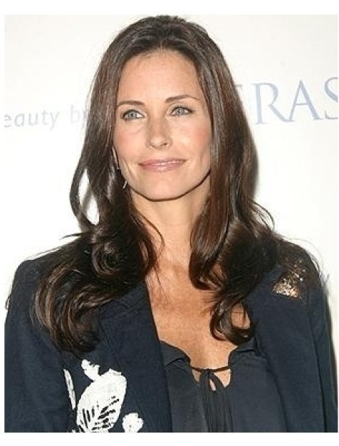 Courteney Cox Arquette and Kinerase Host Fundraiser for EBMRF Photos: Courteney Cox Arquette