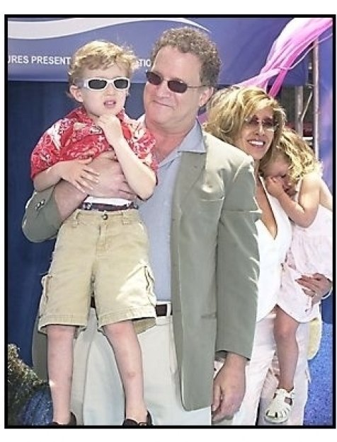 """Albert Brooks with son Jacob, wife Kimberly and daughter Claire at the """"Finding Nemo"""" premiere"""