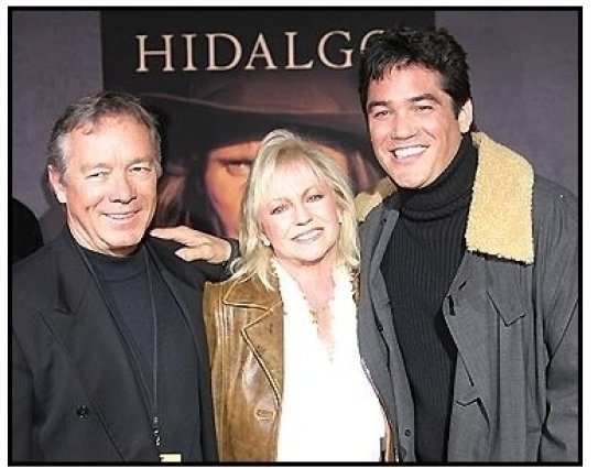 """Dean Cain with parents Sharon and Chris at the """"Hidalgo"""" Premiere"""