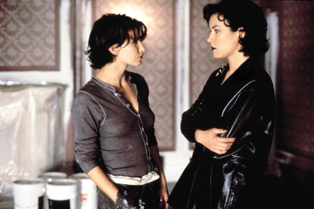 Bound, Jennifer Tilly and Gina Gershon